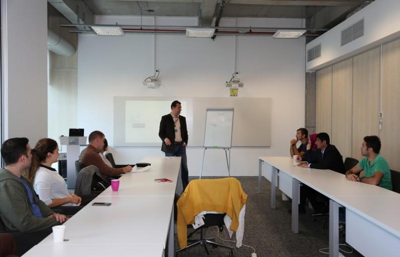 Müşteri Adaylarına Toplantı Yönetimi için İpuçları
