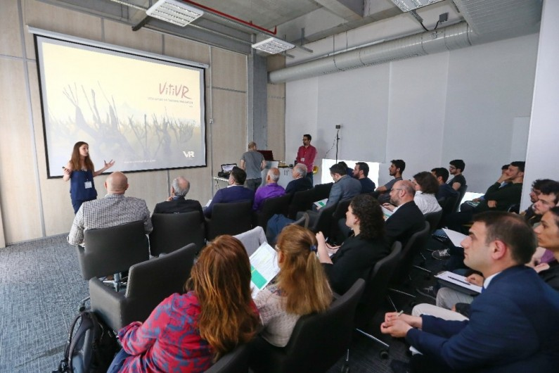 Entrepreneurship Day 4: New Projects Meet in Başakşehir Living Lab! ..