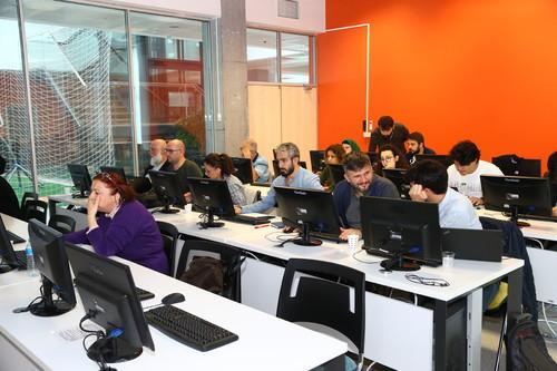 6 Saatlik Eğitimle Kendi Web Sitelerini Kurdular