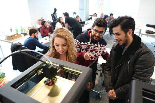Başakşehir Living Lab'de Hem Tasarladılar Hem Ürettiler