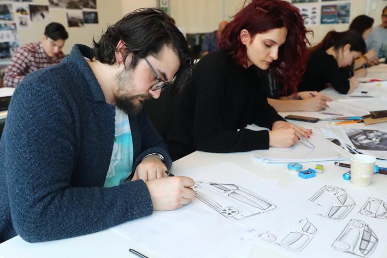 Geleceğin Otomotiv Tasarımcıları Başakşehir Living Lab'de Buluştu