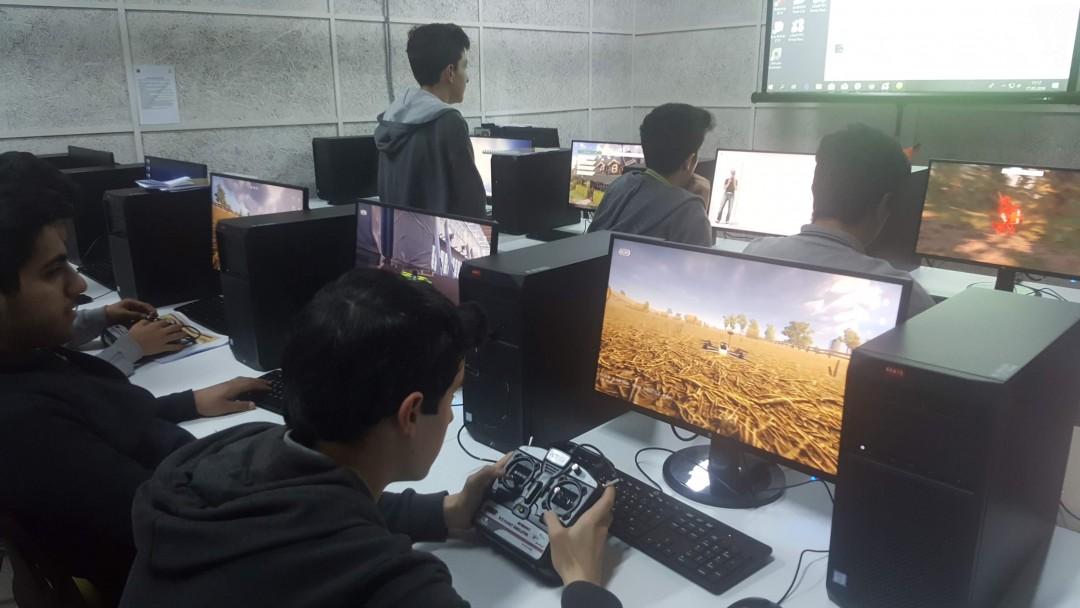 Başakşehir Living Lab'de Drone Uçuş Eğitimi