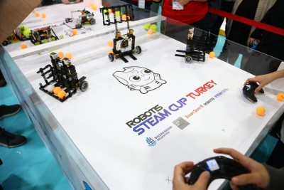 """Başakşehir'de """"Robotis Steam Cup Turkey"""" Heyecanı"""
