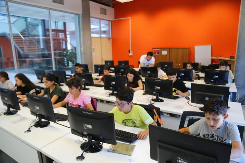3D Tasarım Eğitimi ile Öğrencileri Buluşturuyoruz