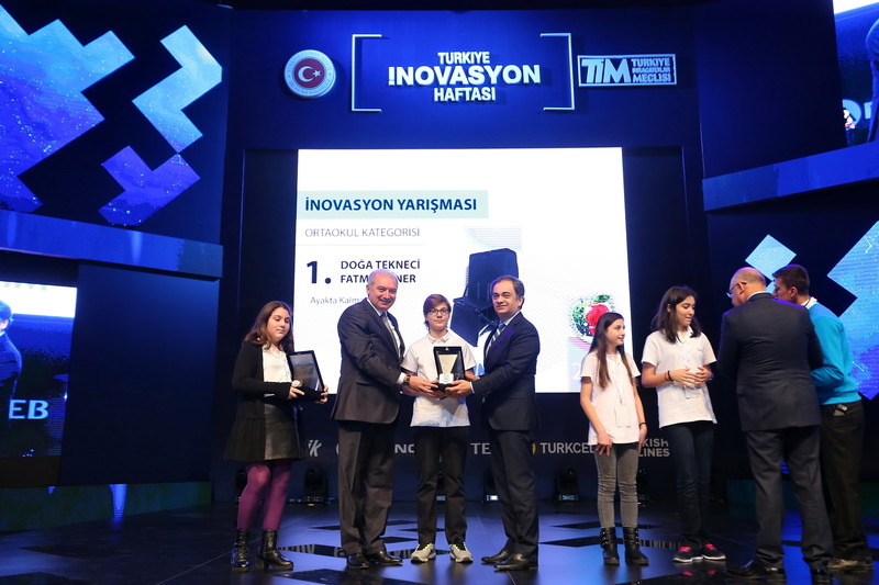 Başkan Uysal, İnovasyon ödüllerini verdi