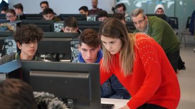 Başakşehir'de Gençler Dijital Geleceğe Hazırlanıyor